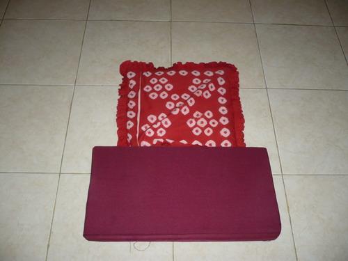 Bantalan untuk duduk Samadhi di Ruang Puja-'ku' ;)