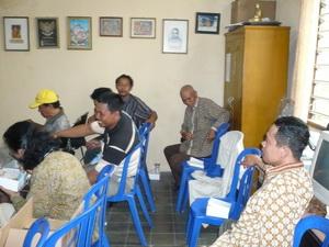 Istirahat dan Makan Siang jam 13.00 WIB
